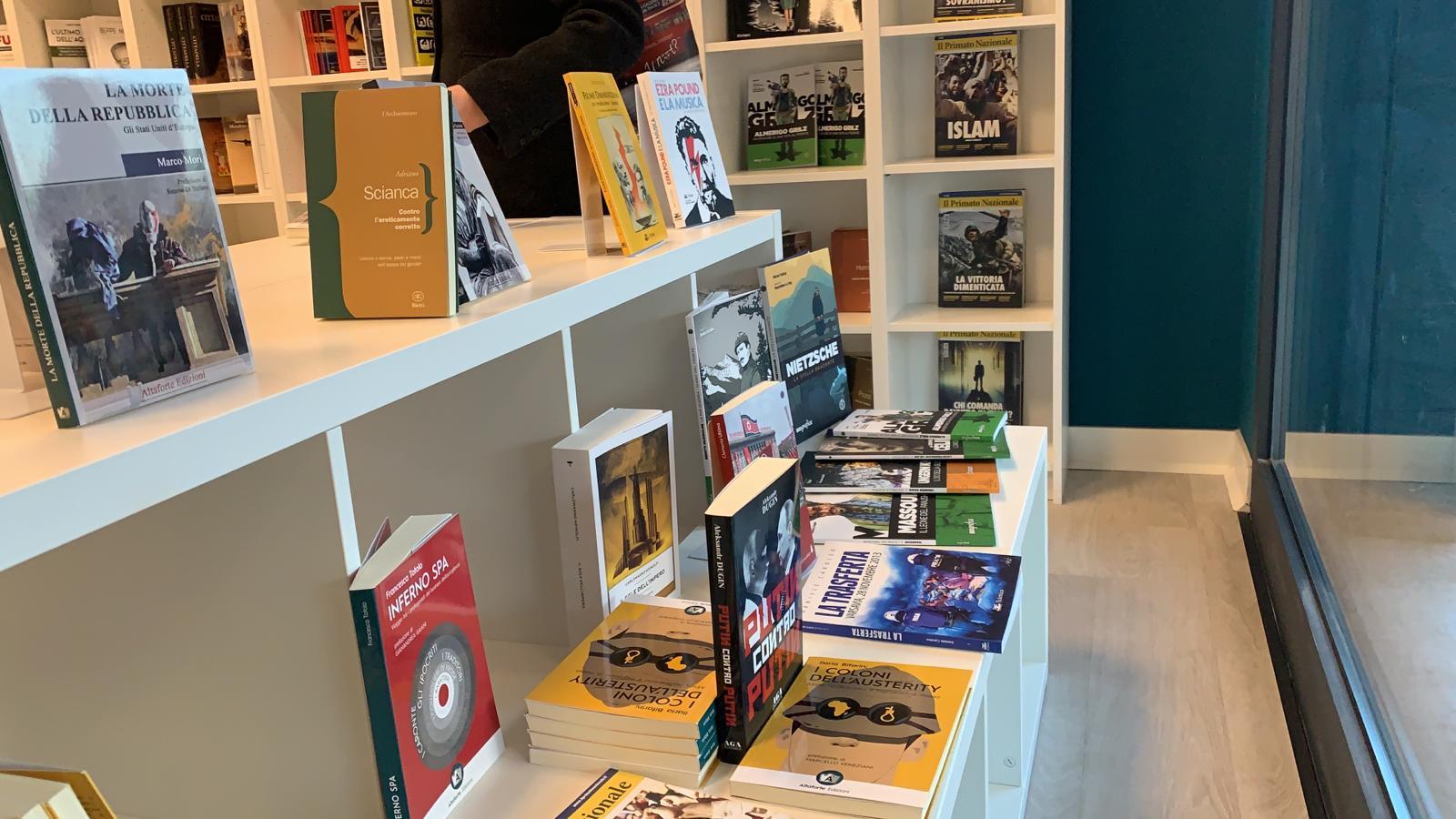 piacenza-apre-la-prima-libreria-altaforte-edizioni